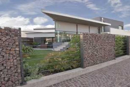 Zenturo Super per la protezione e la privacy della villa